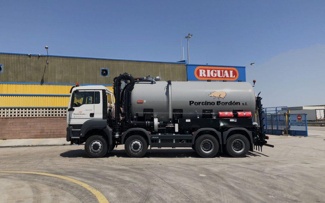 Cisternas para transporte de purín sobre camión con aplicador