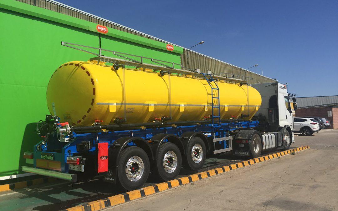 Tanks for liquid fertiliser