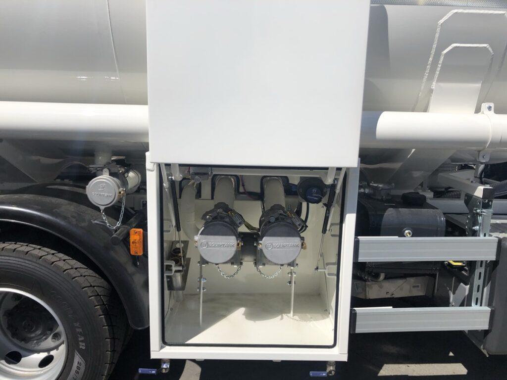 Cargas Exolum en camión de reparto de Gas-oil