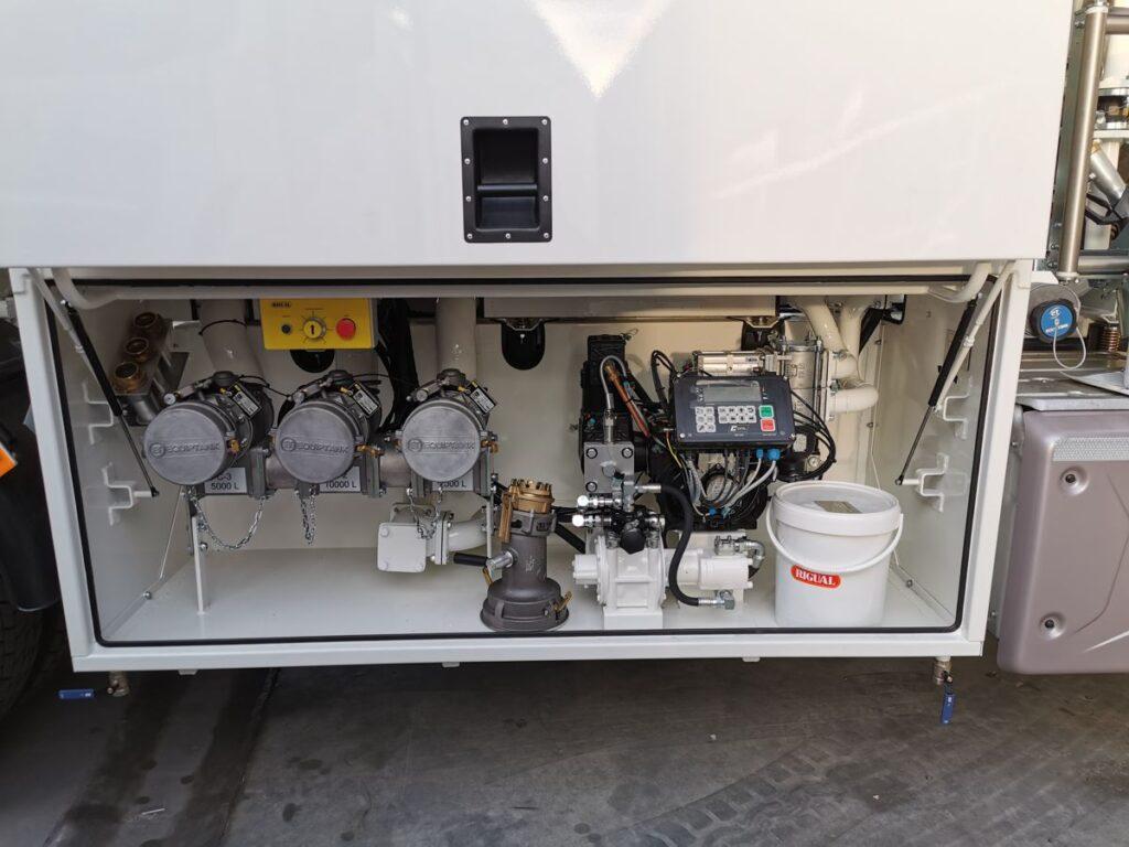 Cargas Exolum para camión de tres compartimentos
