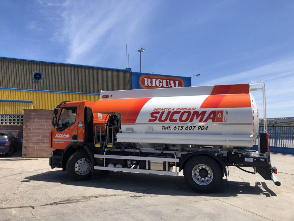 Cisterna 14000 litros Rigual para el reparto de gas-oil y gasolinas
