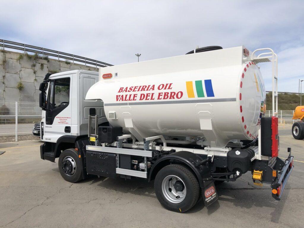 Cisterna Rigual de 6000 litros para el reparto de Gasoil