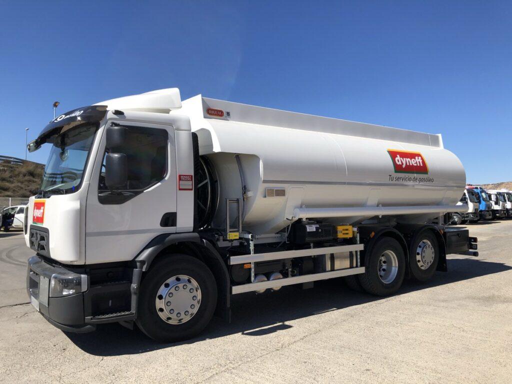 Cisterna Rigual de 20000 litros para reparto de gas-oil y gasolinas