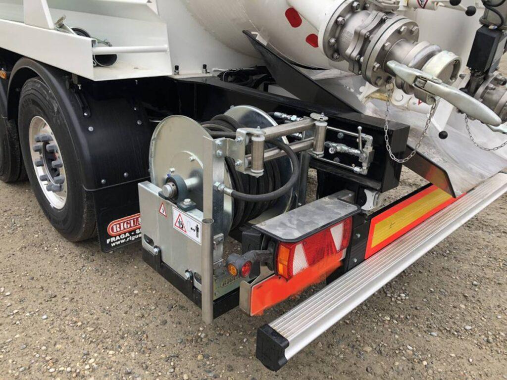 Semirremolque limpieza industrial presión