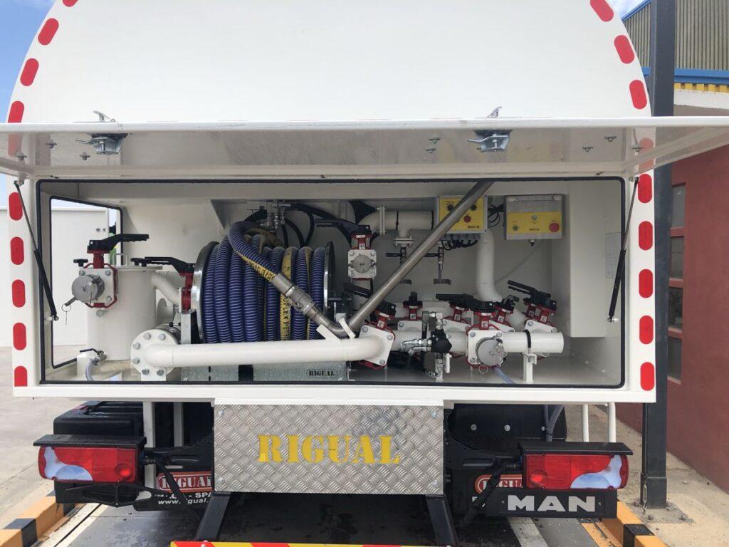 Equipo de recogida de aceites para cisterna de 3 compartimentos