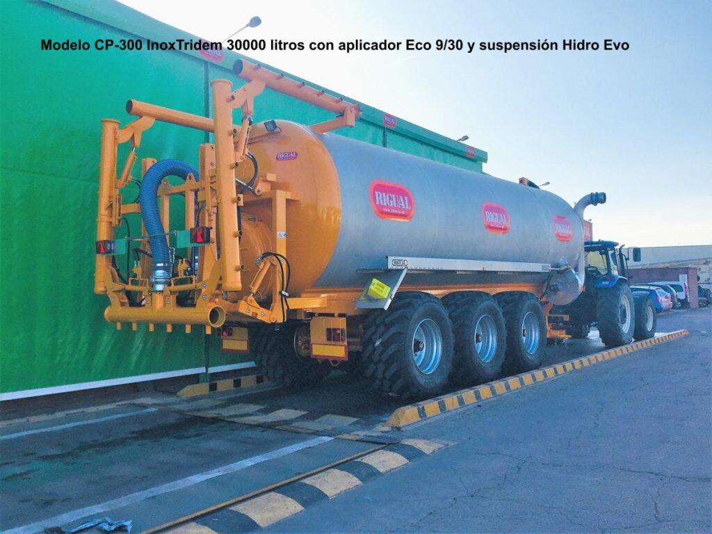 Cisterna rigual CP-300 InoxTridem 30000 litros con aplicador Eco 9_30 y suspensión Hidro Evo