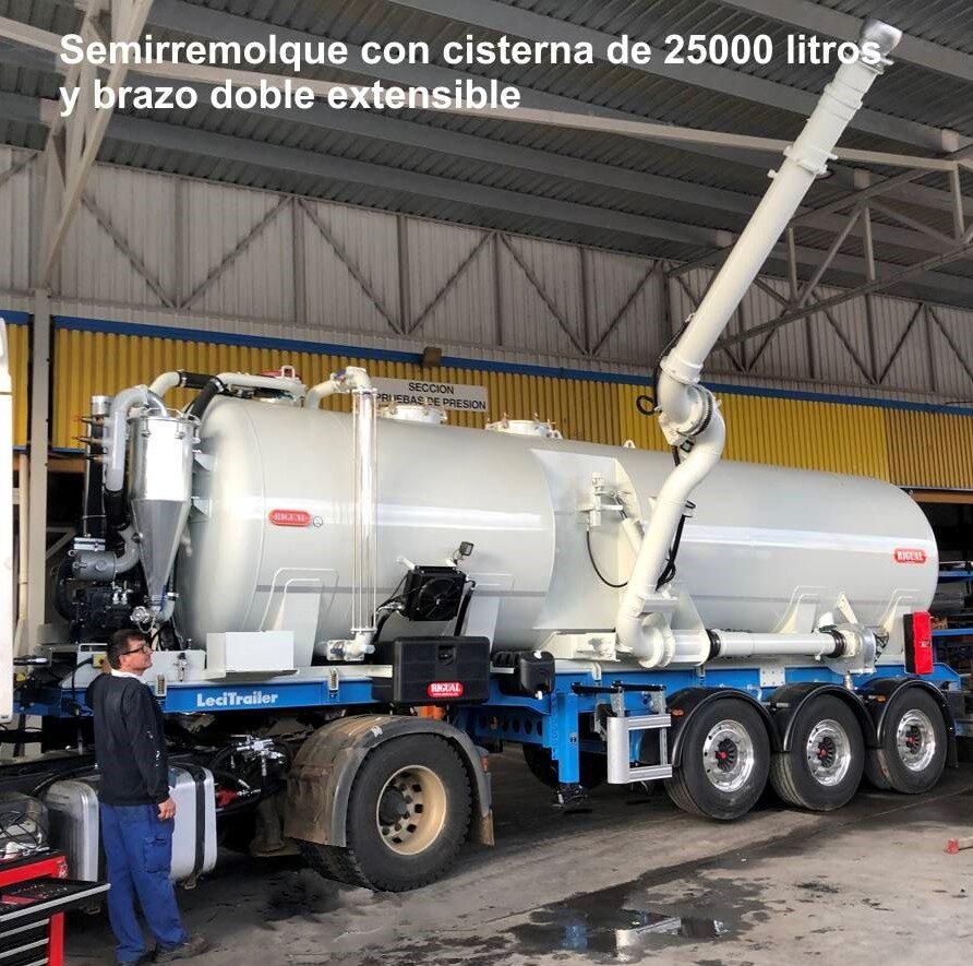 Semirremolque con cisterna rigual de 25000 litros y brazo doble extensible